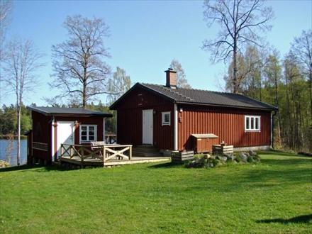 ferienhaus immeln mit boot am see in sk ne schweden svevilla. Black Bedroom Furniture Sets. Home Design Ideas